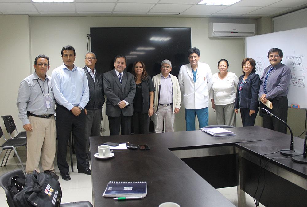 Representantes de las diferentes instituciones formaron parte de la reunión por el Residentado Odontológico.